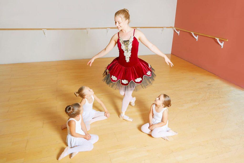 dance-steps-ballett-tanz-spitze-kinder