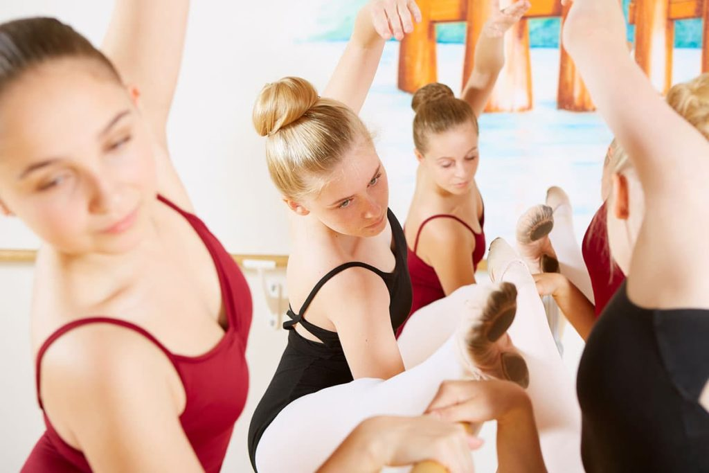 dance-steps-ballettschule-klassik-barre-cambre
