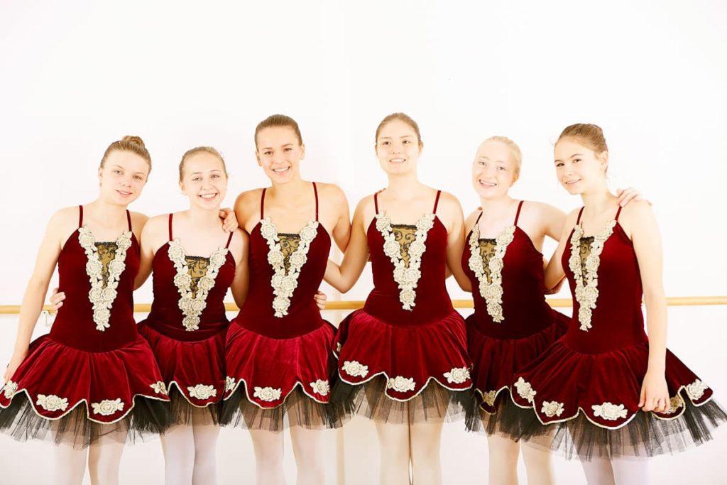 dance-steps-ballettschule-klassik-tutu-spitzentanz
