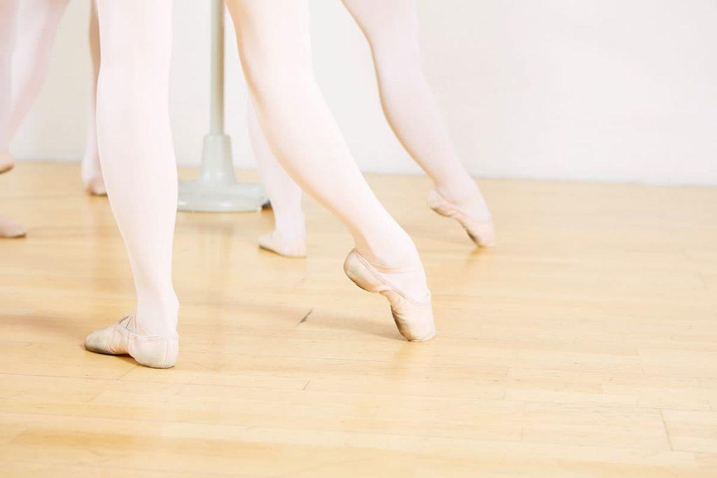 dance-steps-ballettschule-klassik-unterricht-tendu-lines